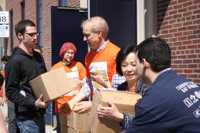 Illinois Governor Bruce Rauner visited the Community & Campus Day of Service in April 2