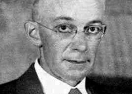 Dr, Arthur B. Coble