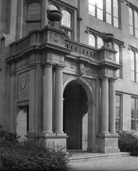 University High School main entrance, ca. 1955. Credit University Archives.